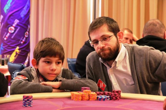 http://www.pokeroff.ru/_i/uploads/wysiwyg/2893592-2-big.jpg
