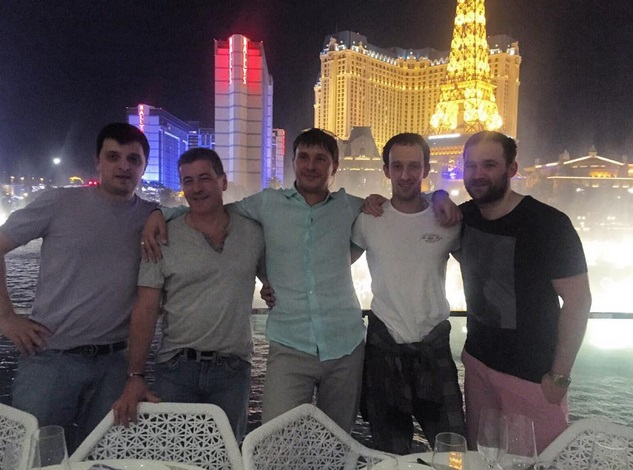 Wonderful restaurant, view and most importantly company. Ukrainians representing Ukraine in Las Vegas!