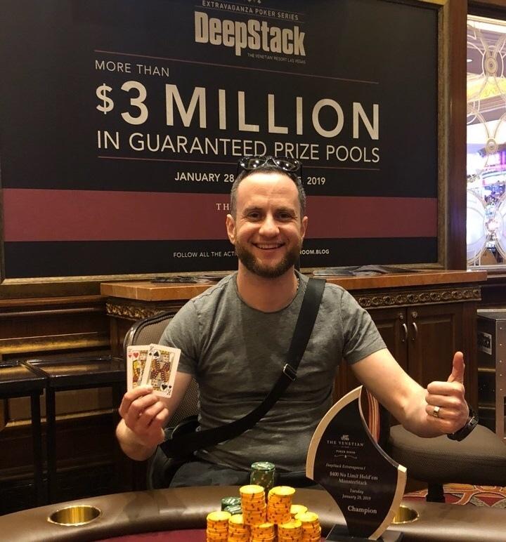 Американцы играют онлайн покер играть онлайн игровые автоматы 828