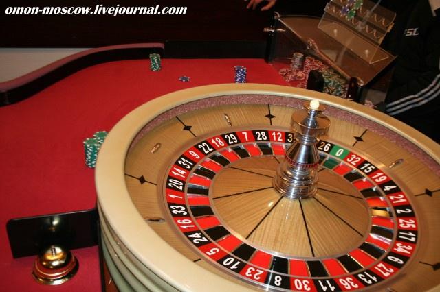 Работа в охране казино москвы игры азартные онлайн бесплатно игровые автоматы