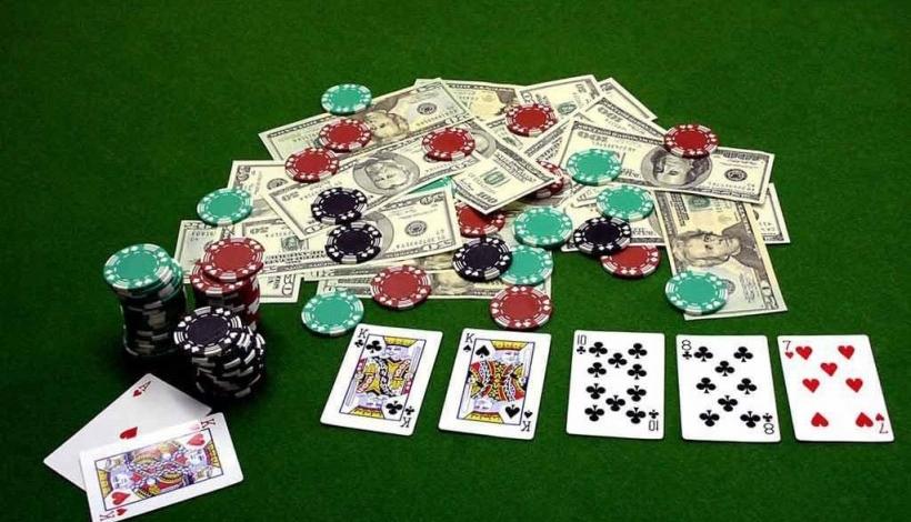 Как всегда выигрывать в онлайн покер секс покер играть онлайн бесплатно