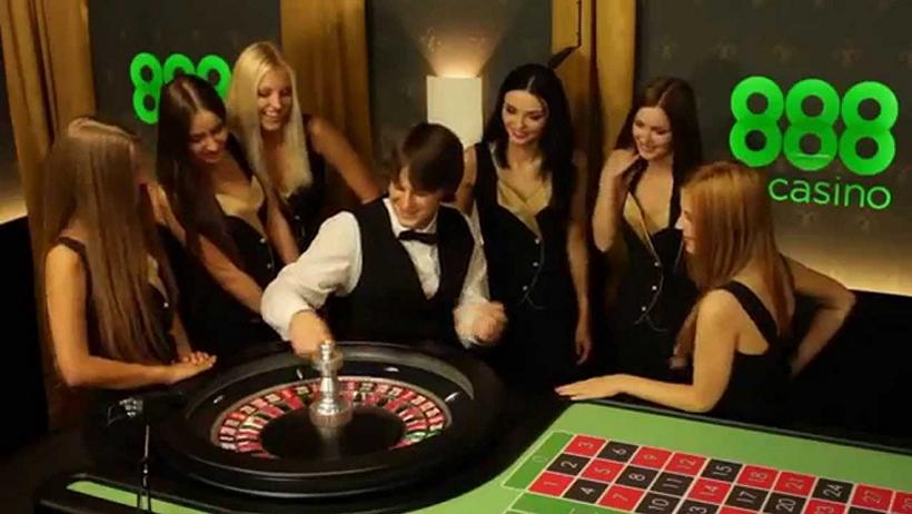 Казино онлайн с покер румом играть адмирал казино на деньги