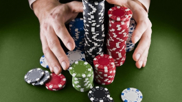 О противоречии интересов бэкеров и игроков