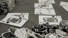 Инвестпокер: Портфельная теория и бэкинг (Математика Покера)