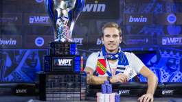 Василий Фирсов уступил Джулиану Томасу в звании чемпиона Главного События WPT в Праге
