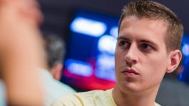 Профессионалы обсуждают у кого самый крутой покерфейс