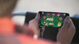 Приложение PokerStars PLAY приходит на мобильный рынок