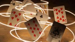 Эволюция лотерейного покера: от Twister до Spin&Go