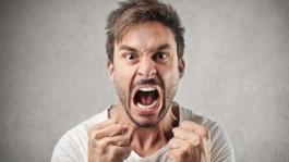 Как эксплуатировать агрессивных игроков и не терять дeньги в гневе