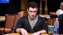 Фил Гальфонд без устали играет в кэш на WSOP
