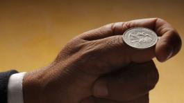 Применение покерных навыков в жизни: работа в условиях ограниченной информации