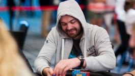 Денис «FLAT» Тимофеев на финалке PokerStars Championship Panama (трансляция завершена)