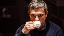 RomeOpro и vovtroy выигрывают на PokerStars