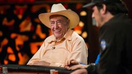 Дойл Брансон продаёт обучающий курс по покеру за $149