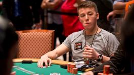 WSOP начался! Анатолий Филатов остановился в шаге от финалки за $10k (AK < KQ)