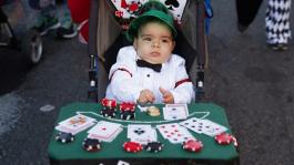 Отцы и дети: стоит ли беречь детей от покера?