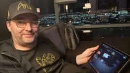 Шоу в прямом эфире и дипран Хельмута: как прошёл первый онлайн турнир WSOP 2020 в США