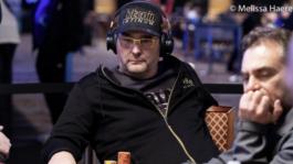Фил Хельмут вылетел из турнира WSOP за $10K с матом в прямом эфире